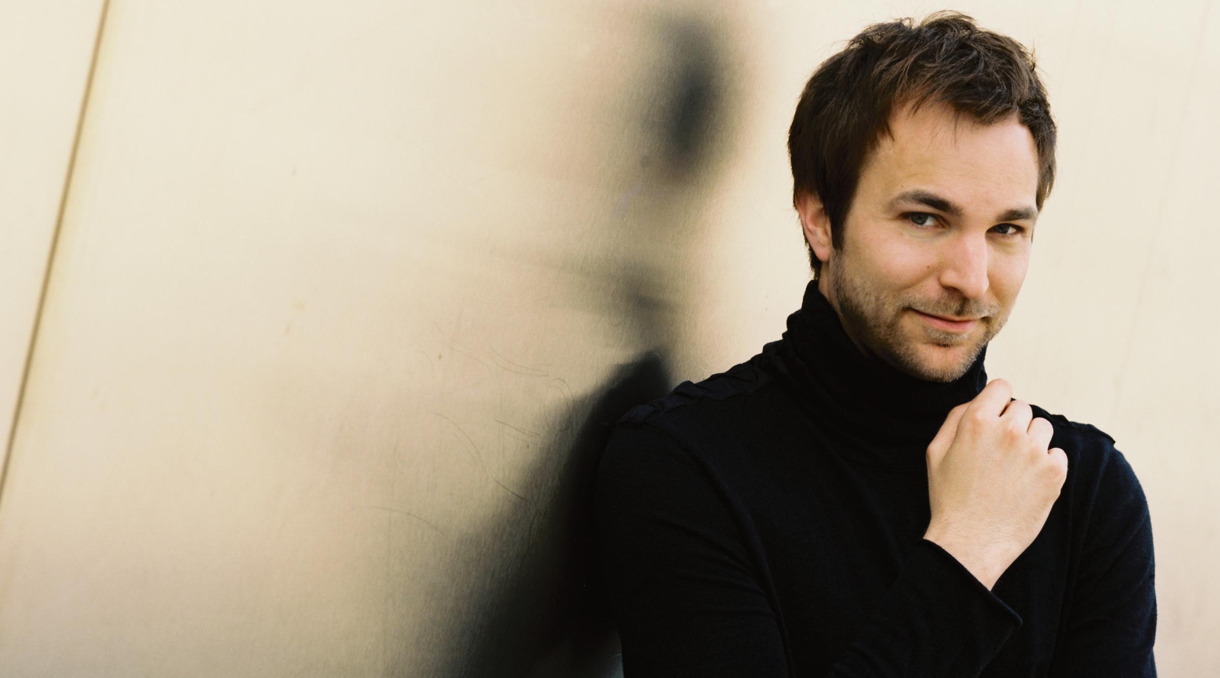 alexander shelley herbert schuch piano orchestre national de belgique. Black Bedroom Furniture Sets. Home Design Ideas